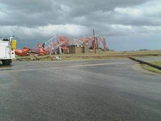 TV Tower collapses near Roanoke, Illinois