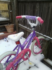 Icey kids bike in Mckinney, Tx