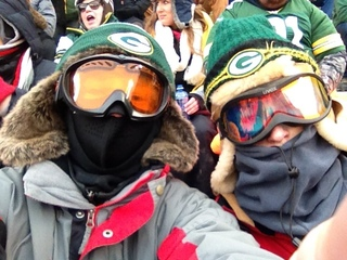 Packer fans enjoy, Caloud boys
