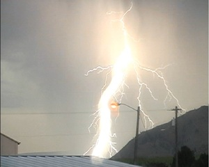 Lightning pictures from Entiat/Wenatchee area