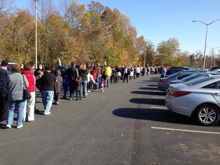 Romney line at GMU Fairfax, Va rally